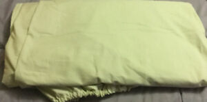 Egyptian cotton king size fitted sheet with 2 pillow cases