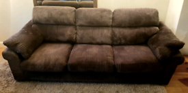 DELIVERY INCLUDED 2 ,4 seater mocca brown jumbo cord sofa, sofa suite