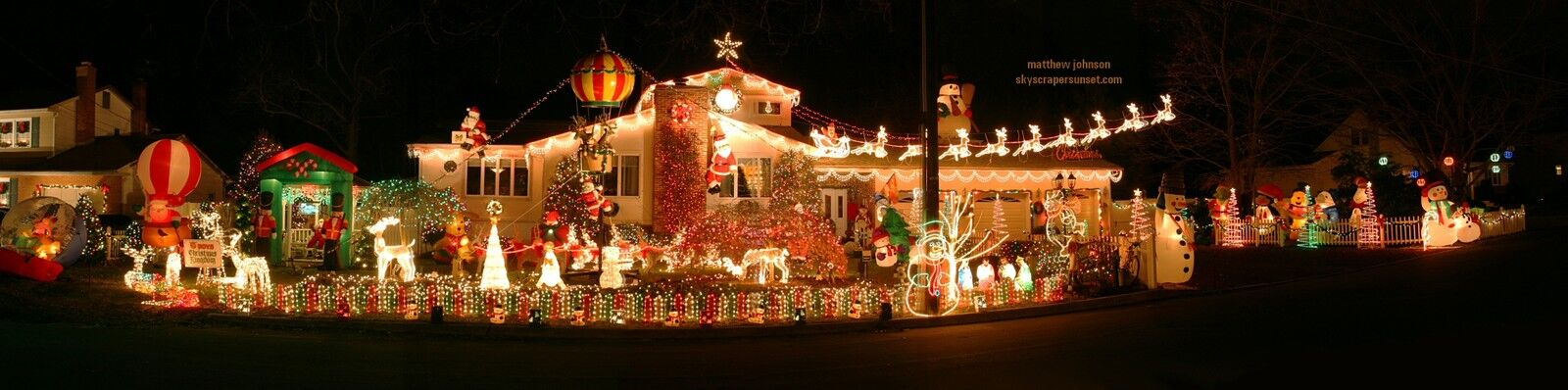 Victoria's Holiday Extravaganza
