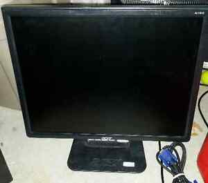 """Low Milage! LOTs of Monitor! got to go! & 19"""" Touchscreen! Windsor Region Ontario image 1"""