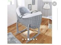Claire De lune moses pod basket with rocking standing