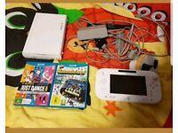 Nintendo Wii U White 8 Gb And 2 Games