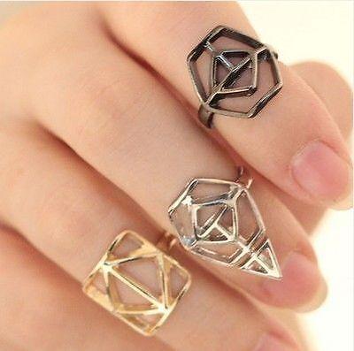 Drei mal anders: Fingerringe in geometrischen Formen