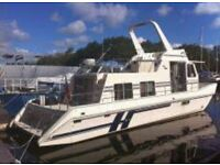 Zone 2 Houseboat with full residential mooring