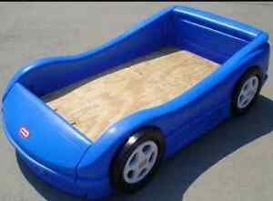 Little Tykes Car bed. Mint Condition