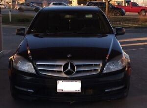 NO ACCIDENTS - 2011 Mercedes C250 4MATIC