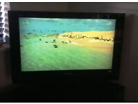 """Panasonic TV 32"""" in excellent condition"""