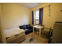 Double Room to rent in great location on Preston Road next to Preston Circus - Bills Included!