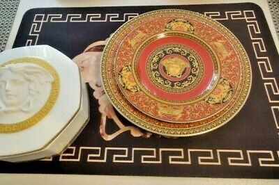 VERSACE MEDUSA RED PLATE 20 YEARS CELEBRATING LIMITED Rosenthal Wall 1 LEFT