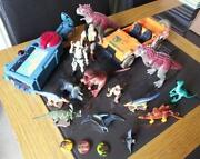 Dinosaur King Figures