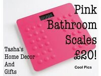 PINK BATHROOM SCALES!
