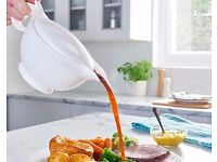 BRAND NEW Insulated Gravy Boat