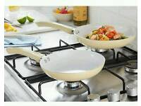Set of 2 ceramic frying pans
