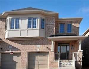 Semmi Detached House for Rent in Oakville