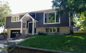 Port Elgin Summer cottage getaway . 1 block from main beach!
