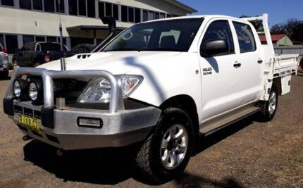 2011 Toyota Hilux, Dual Cab, Diesel, Great Condition