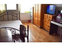 Three bed room, Pacific House E1