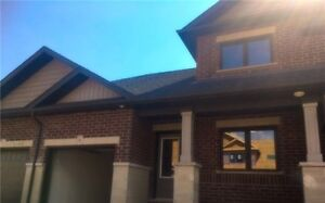 NEW 5 bedroom EXECUTIVE ingersoll townhome