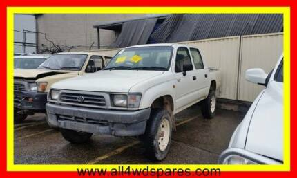WRECKING: 2000 Toyota Hilux dual cab   suits 1997 - 2001   A1367