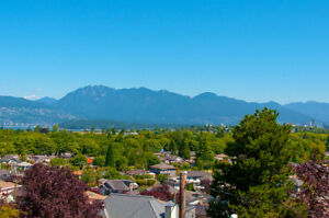 Beautiful home with spectacular views. OPEN JULY 19, 21, 22