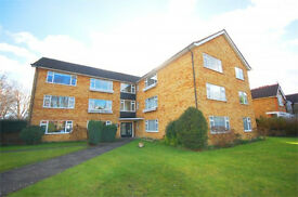 Flat in Hampton. 2 bedroom apartment in sought after area with over 70 sq. m of space. Unfurnished