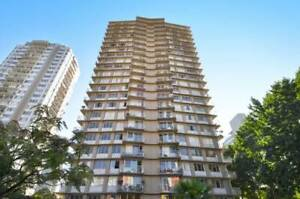 1 Bedroom Suites Available, 1 Block from Denman St!