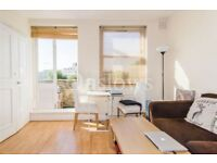 Marvellous two bedroom apartment in South Kensington with a private balcony