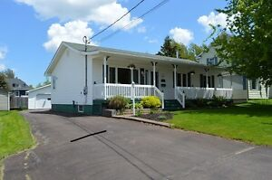 Shediac - Just like new!!  double garage!! a must see!!!