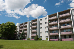 Parkwood Square  - Bachelor Apartment for Rent