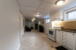 1 bedroom apartment in SOUTH WEST MISSISSAUGA