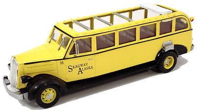 "Manufacturer's Second Paint Flaws 1/48 1936 White Tour Bus "" Skagway Alaska"""
