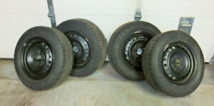 """195 / 65 / 15 Snow Tires with 15""""x 114.3 Steel Rims"""