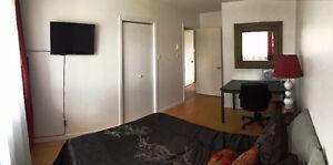 Chambre1 de luxe à louer, Val-D'or, câble, internet, meublé