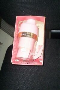Vintage Solo 3.5 oz cup dispenser pink retro chic in box