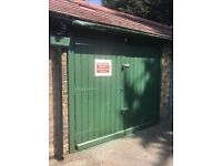 LOCK UP GARAGE £20PER WEEK IG5 OEA GANTS HILL CLAYHALL REDBRIDGE ilford Essex east London