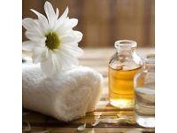 Massage Therapist, @chesche'massagem3l
