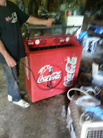 """Vintage """"style"""" coke bottle cooler - everything seems to work!"""