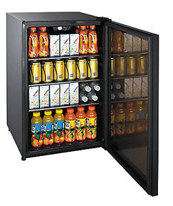 BRAND NEW-Magic Chef 4.7 cu ft Free Standing Beverage Cooler