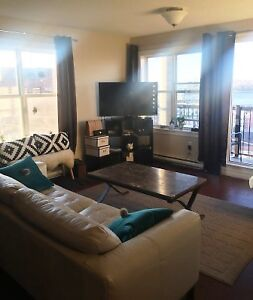 11-020 Walk downtown, shipyard, from this top fl.North End Condo