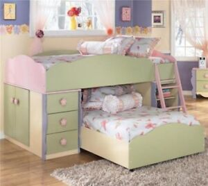 Ashley Dollhouse bunkbed and dresser
