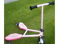 Flicker scooter perfect condition like new £10 No offers.