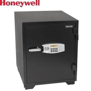 NEW* HONEYWELL SECURITY SAFE - 127123152 - 3.5 CU. FT. WATER RESISTANT STEEL FIRE