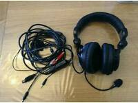 Headset. Venom vibration wired headset for Xbox 360