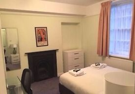 Large studio in Angel, access to Northern Line **BILLS INCLUDED!!** 5 mins walk to tube station