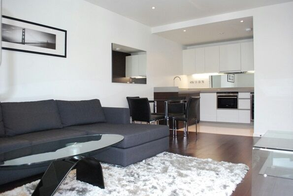 1 bedroom flat in Baltimore Wharf, North Boulevard, Canary Wharf