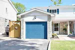 Well Maintained Inclusive Clean & Bright Home Close To The Lake!