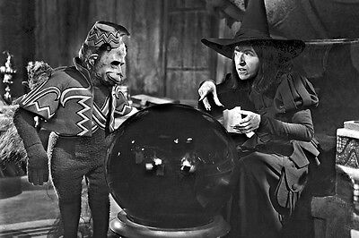 New 5x7 Photo: Wicked Witch of the West, Flying Monkey in
