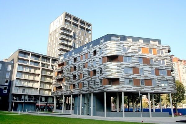 3 bedroom flat in Indescon Square, Isle of Dogs