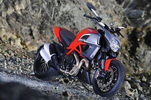 Ducati Diavel - like new with only 2700 kilometers