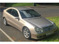 Gold Mercedes C Class - 2004 - Lots of flash for not much cash!